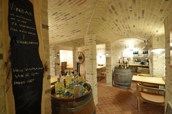 Bourgogne vinsmagning hos Topvine i Loekken